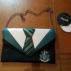 Nwt Danielle Nicole Harry Potter Slytherin clutch
